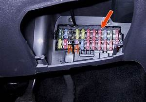 Ford Ka Fuse Box Diagram 2000 : i have a problem with the interior light on a year 2000 ford ~ A.2002-acura-tl-radio.info Haus und Dekorationen
