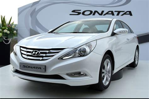 2018 Hyundai Sonata White Review And Prices