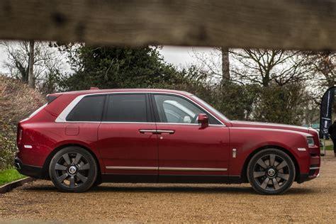 Hacer un vehículo de lujo, que sea capaz de llegar donde llega el nuevo cullinan y. Rolls-Royce Cullinan the gem of SUVs | Eurekar