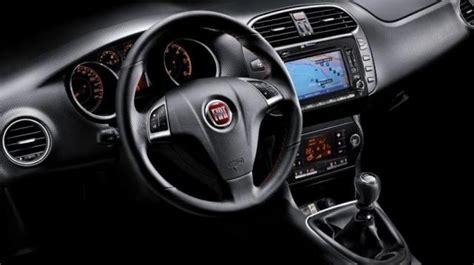 Interni Fiat Bravo Fiat Bravo 2019 Listino Prezzi Motori E Consumi Patentati