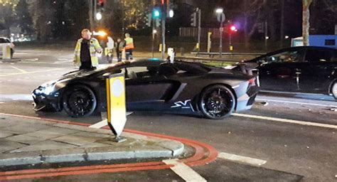 matte black lamborghini aventador sv roadster crashes  london wvideo carscoops
