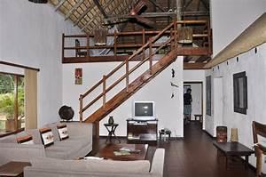 Haus Mit Galerie Im Wohnzimmer : wohnzimmer mit galerie aha sefapane lodges and safaris phalaborwa holidaycheck limpopo ~ Orissabook.com Haus und Dekorationen