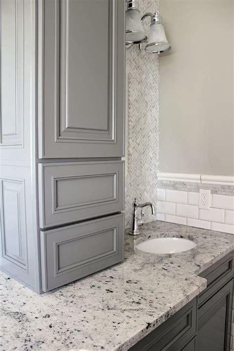 Kraftmaid Bathroom Vanity Mirrors by 15 Best Ideas About Kraftmaid Cabinets On