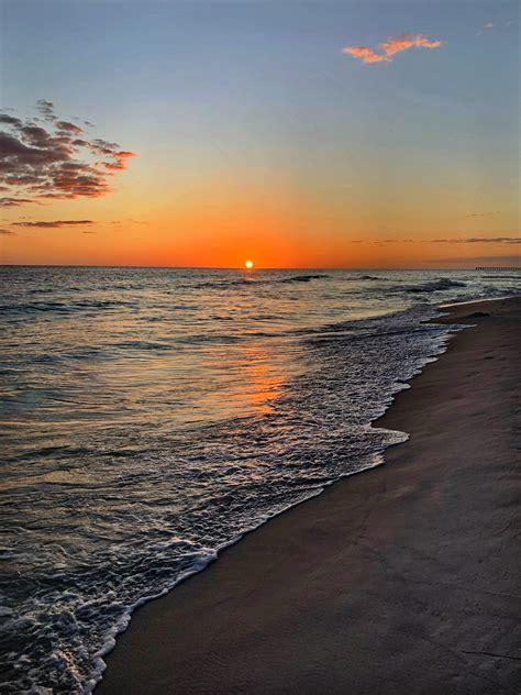 Captured this amazing sunset at Panama City Beach FL ...