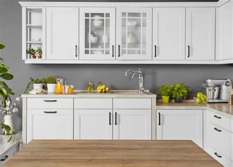 How To Clean Kitchen Cupboards by How To Clean Sticky Kitchen Cabinet Doors Hunker