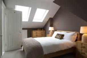 schlafzimmer kleiner raum schlafzimmergestaltung mit dachschräge zum wohlfühlen