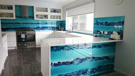 how to do kitchen backsplash tie dye glass kitchen splashback http www voodooglass 7245