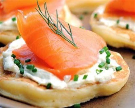canapé au saumon fumé et mascarpone photos canapé au saumon