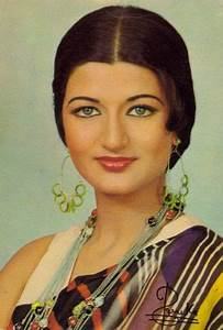 Sarika | Retro Bollywood Beauties | Pinterest | Bollywood ...