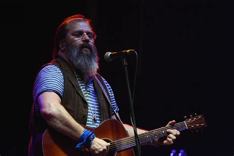 Steve Earle & The Dukes Turn Knitting Factory Into A Honky