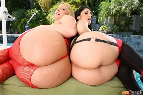 Flower Tucci And Luscious Lopez Big Ass Ready To Fuck