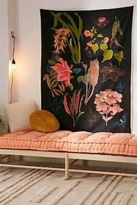 1001 idees deco pour illuminer l39interieur avec la With tapis chambre bébé avec coussin fleurs pour enterrement