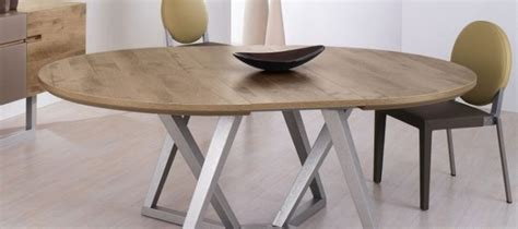table ronde avec rallonge design table de salle a manger en bois massif et moderne objets