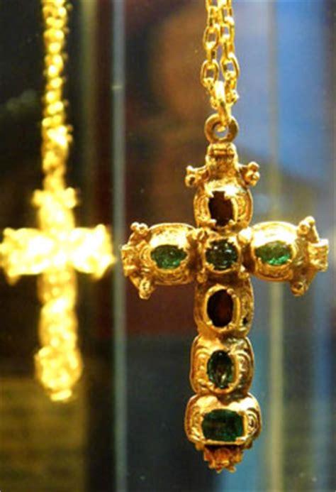 emerald cross mel fishers treasures sebastian florida