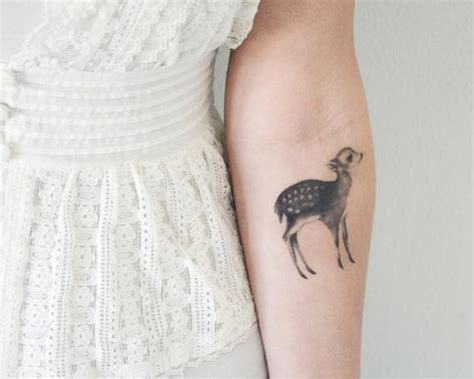 temporary tattoo fawn  moth includes  tattoos
