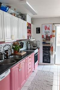 This, Swedish, Home, Has, The, Most, Glorious, Pink, Kitchen