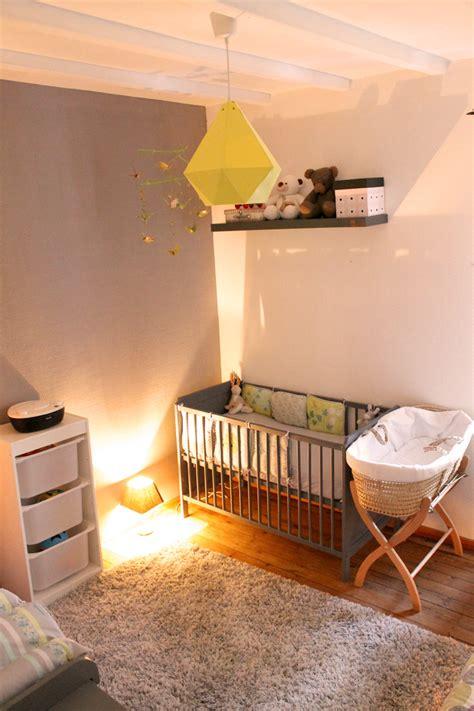 décorer la chambre de bébé diy chambre bebe chaios com