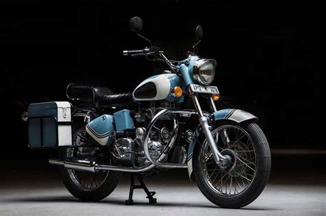 Royal Enfield Bullet 350 by This Modified Royal Enfield Bullet 350 Looks Unique With