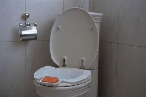 Mobile Bidet by Mobiles Bidet Mit Seifenablage Wellys Toiletten Einleger