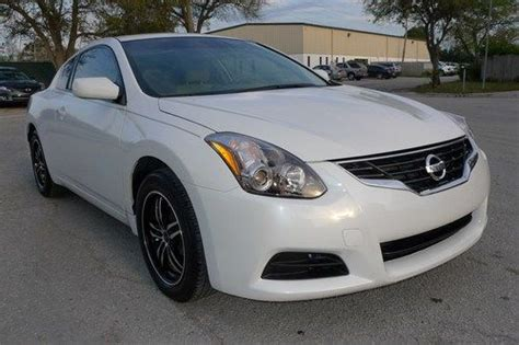 Coupes 15k by Sell Used 2010 Nissan Altima 2 5l Coupe 15k Mi Abs Cruise