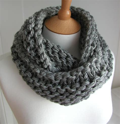 knit scarf craftdrawer crafts hot trends in knitting top 10 free infinity scarves scarf and cowl patterns
