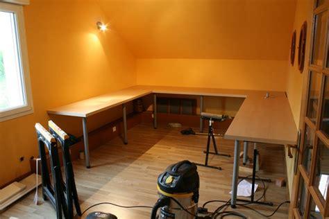 table de cuisine fix馥 au mur comment fixer un plan de travail au mur maison design bahbe com