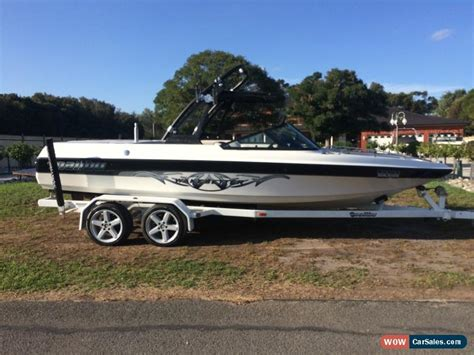 Malibu Boat Towers For Sale by Malibu Wakesetter Vlx 2000 2001 Vdrive Tower Efi For Sale