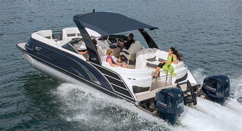 qx  wide beam fastback fiberglass pontoon boats