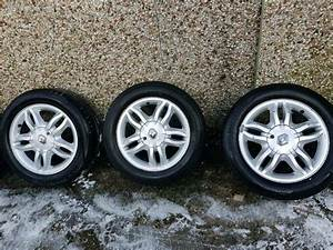 Renault Clio 07 Alloy Wheels With Tyres
