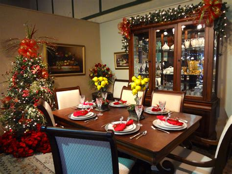 traditional christmas decorations pure simple organizing