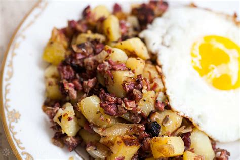 corned beef hash corned beef hash recipe simplyrecipes com