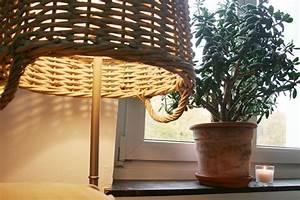 Lampenschirm Für Alte Stehlampe : kreative upcycling idee f r alte stehlampen gebluemlich ~ A.2002-acura-tl-radio.info Haus und Dekorationen