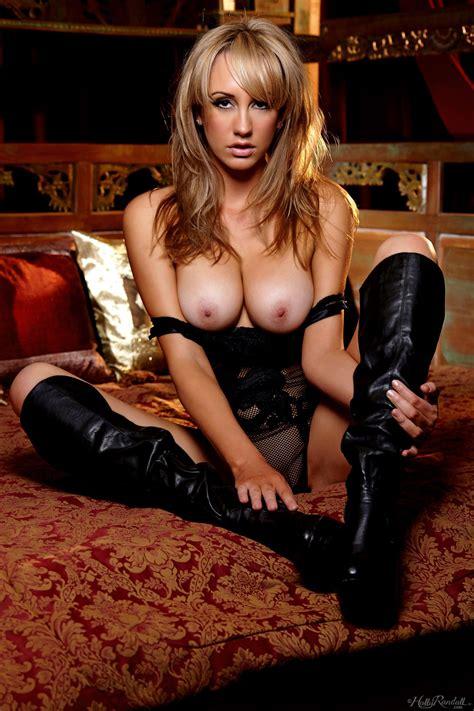 Naked Women Wearing Boots Hot Girl Hd Wallpaper