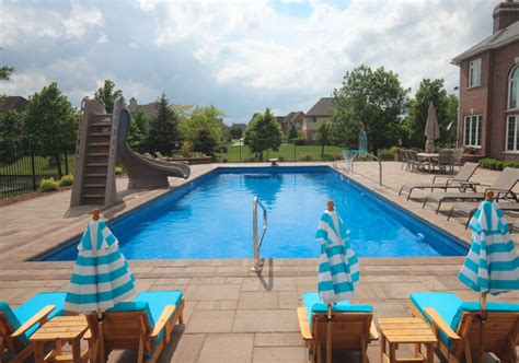 63 Invigorating Backyard Pool Ideas & Pool Landscapes
