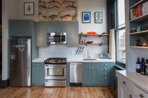 top bottom cabinets painted  colors