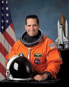 Astronaut Biography: William Oefelein
