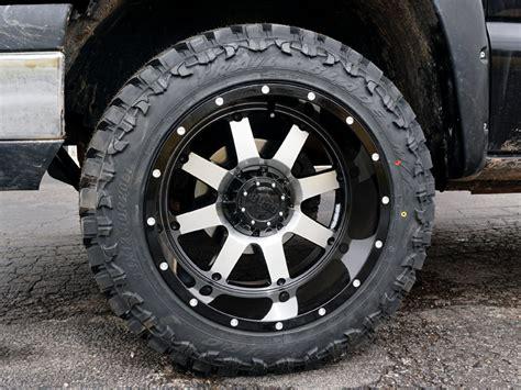 2004 chevrolet silverado 1500 20x12 gear alloy wheels 33x12 5r20 atturo tires 2 inch leveling