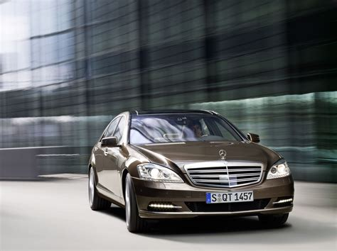 Mercedes S Class Backgrounds by Mercedes S Class Wallpapers Images Photos Pictures