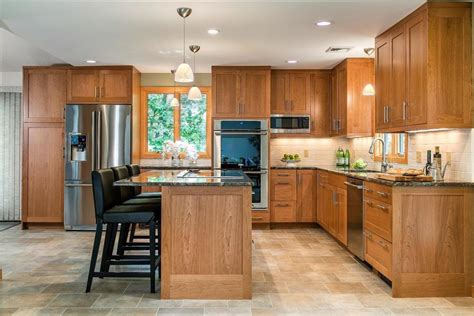 Kitchen Cupboard Colours by 5 Kitchen Cabinet Color Trends Of 2018 Interior Design