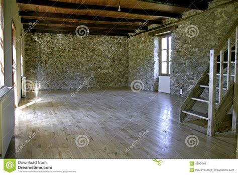maison en r 233 nov 233 e photo stock image 4390440