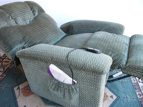 Lazy Boy Power Lift Recliner by Lazy Boy Power Lift And Luxury Recliner Chair Delivered