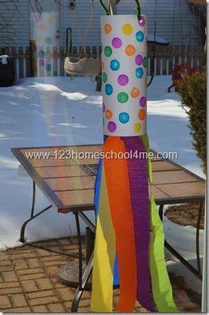 simple windsock spring craft  kids spring crafts