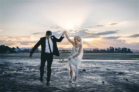 I Photography Raglan wedding photography packages raglan auckland and