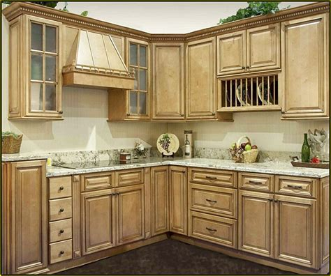 kitchen cabinets antique white glaze antique white kitchen cabinets with glaze home design ideas 7996