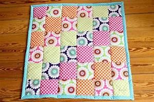 Patchworkdecke Selber Nähen : baby patchworkdecke patchwork ~ Lizthompson.info Haus und Dekorationen