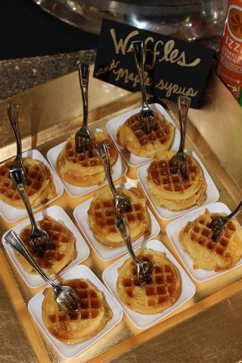 waffles maple syrupblack white stripes gold hot