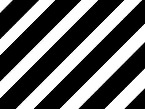 Stripes Pattern Image by Diagonal Stripes Black White In 2019 Black White Stripes