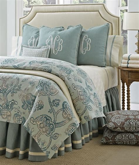 Monogrammed Coverlet by 1000 Ideas About Monogram Pillows On Throw