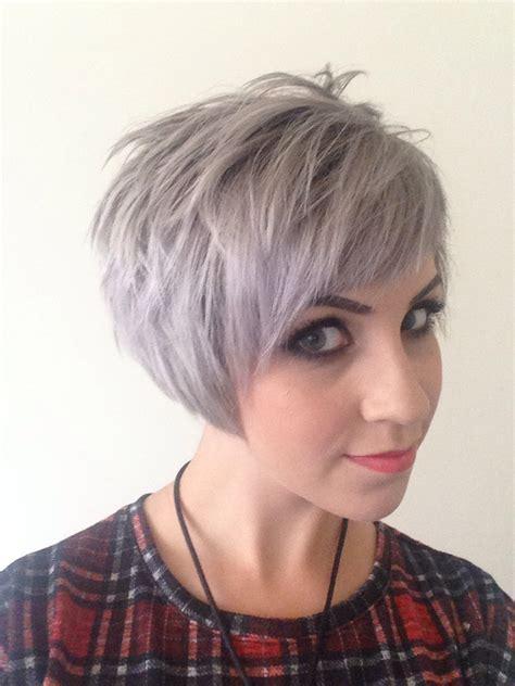 Short Assymetric Undercut Grey Silver Blonde Hair Mac