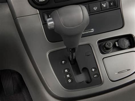 image  kia sedona  door lwb  gear shift size